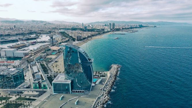 Learn Catalan language online with the best native Catalan tutors and travel to Barcelona. If you want to find job in Barcelona, learn Catalan.